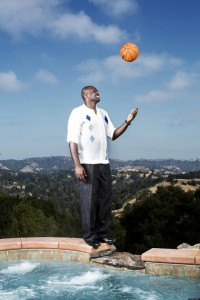 adonal-foyle-nature-basketball-toss